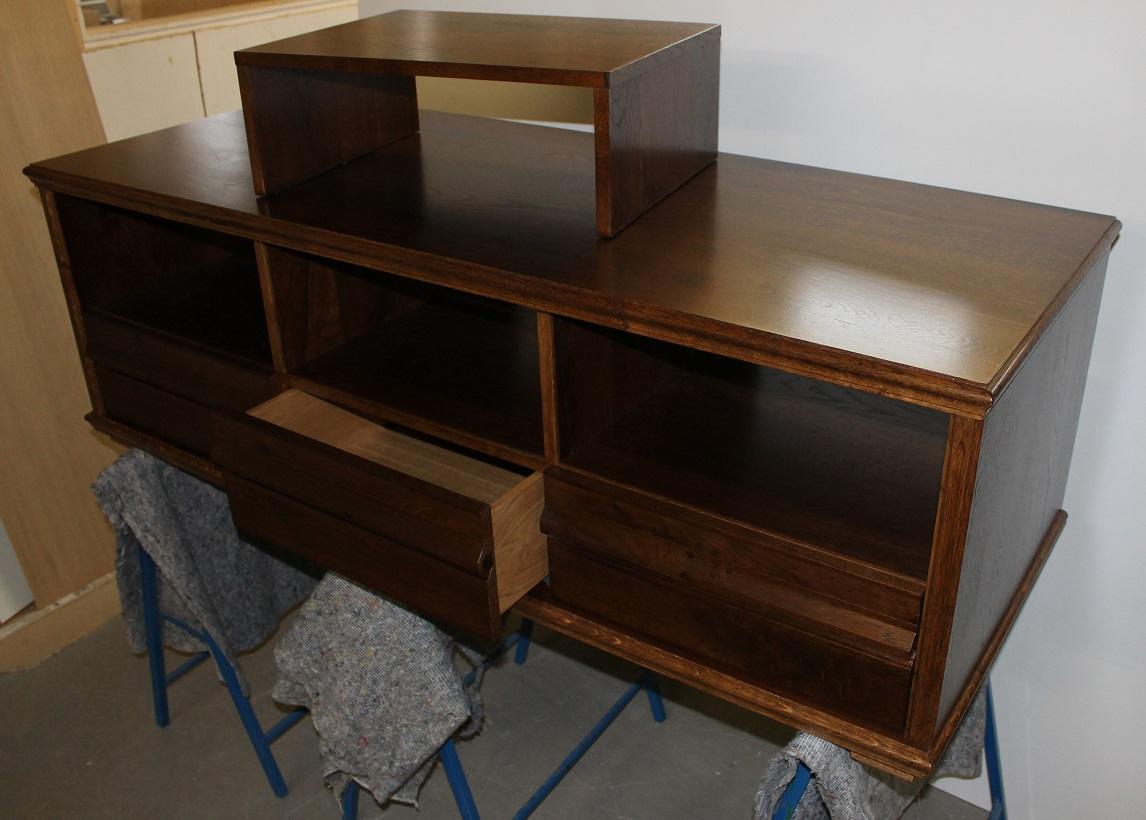 hifi m bel in eiche altholz. Black Bedroom Furniture Sets. Home Design Ideas